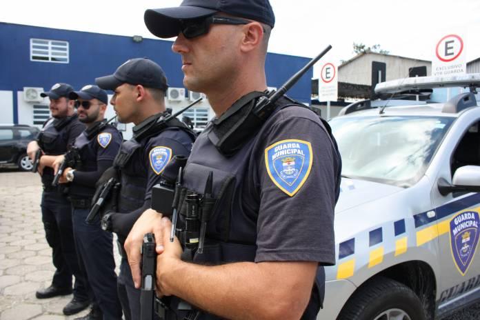 Polícia Federal autoriza porte de armas para Guardas Municipais de Itajaí, Notícias de Balneário Camboriú