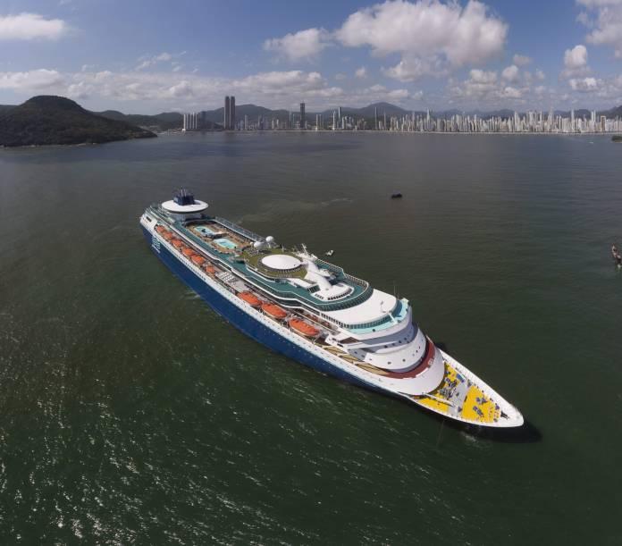Transatlântico Sovereign retorna a Balneário Camboriú e traz 2.673 turistas, Notícias de Balneário Camboriú