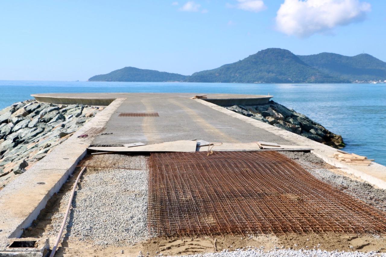 Avançam as obras do Molhe do Pontal Norte de Balneário Camboriú | Notícias de Balneário Camboriú | SC Hoje News
