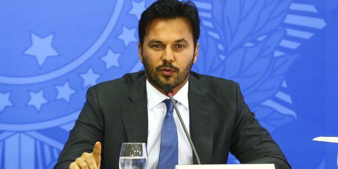 ministro-defende-privatizacao-dos-correios-em-pronunciamento