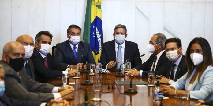 presidente-entrega-medida-provisoria-do-novo-bolsa-familia