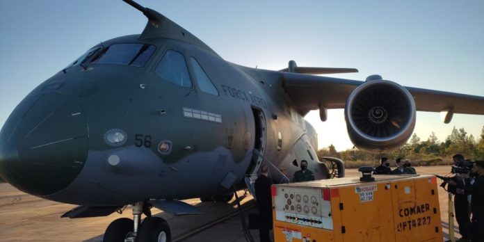 fab-substitui-aeronave-que-leva-ajuda-humanitaria-ao-haiti