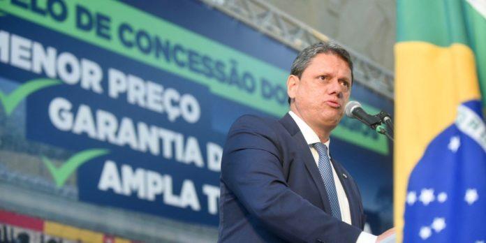 ministro-da-infraestrutura-participa-do-evento-santos-export-2021