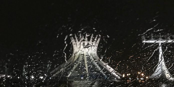 apos-75-dias-de-seca,-chove-no-distrito-federal
