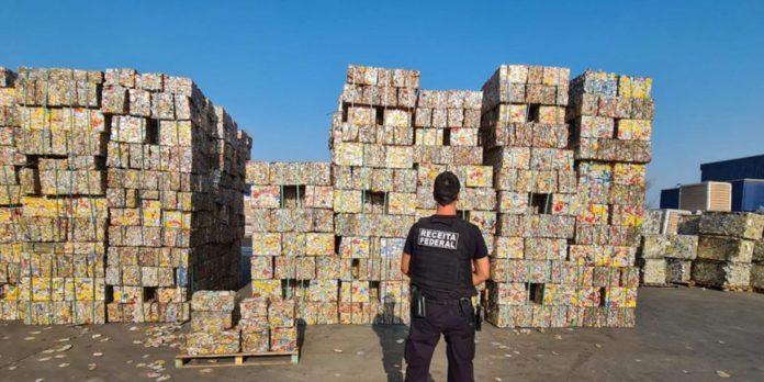 policia-federal-investiga-fraudes-tributarias-em-seis-estados-e-no-df