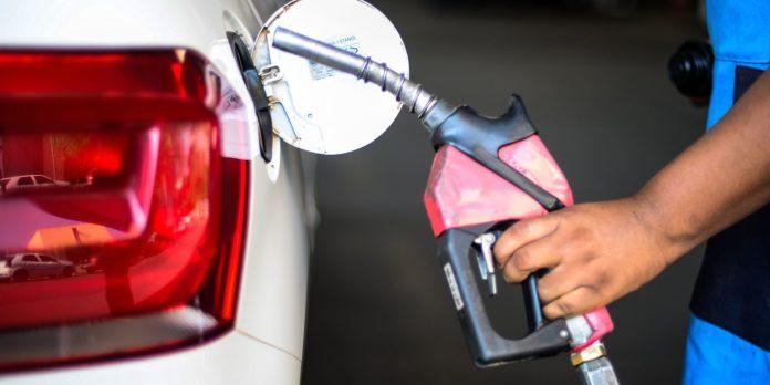presidente-discute-preco-dos-combustiveis-com-camara-e-economia