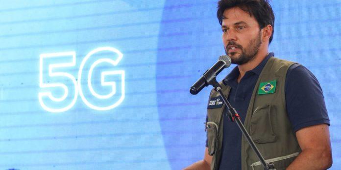 investimentos-do-5g-vao-universalizar-internet-no-brasil,-diz-ministro
