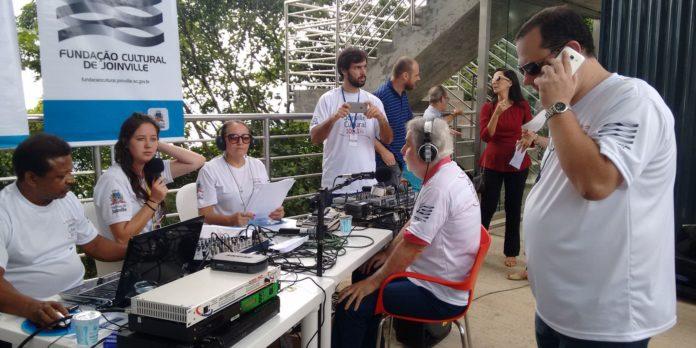 radioagencia-nacional-faz-16-anos-com-160-mil-downloads-em-um-ano